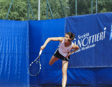 Tennis, la Canottieri batte 4-0 Cesano e vola in finale play off